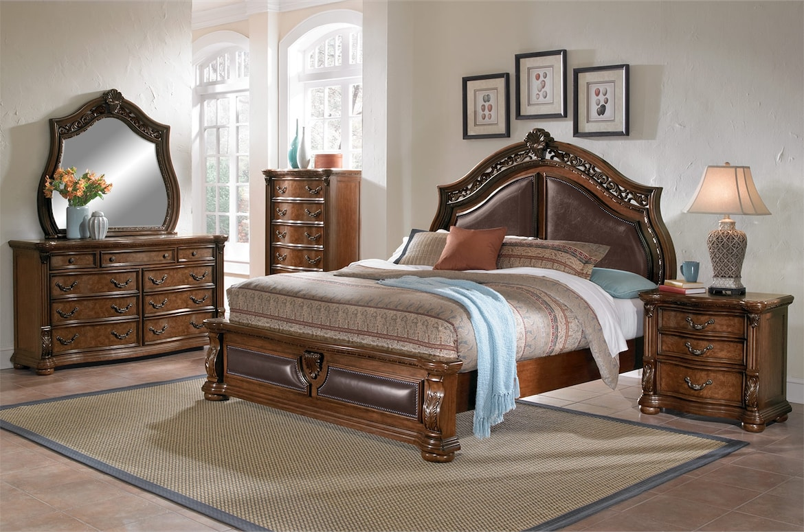 Bedroom Furniture - The Saltonstall Collection - Queen Bed