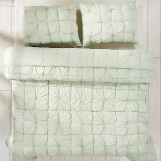 Emeline Mint Queen Set - 1 Quilt & 2 Shams